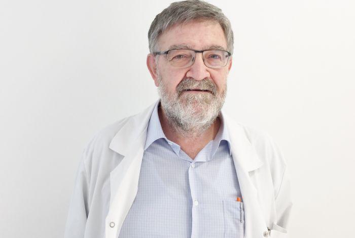 Dr. José López López