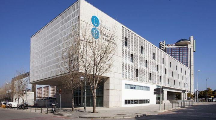 Celebración de las II Jornadas Odontológicas, en la Facultad de Medicina i Ciencias de la Salud de la Universitat de Barcelona
